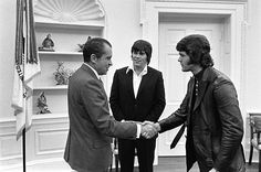 Elvis Presley meets Richard Nixon