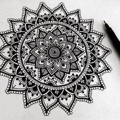 Mandala art: hey guys, just a little black and white doodle, trying to. Mandala Doodle, Mandala Art, Henna Mandala, Mandalas Painting, Mandalas Drawing, Zen Doodle, Flower Mandala, Mandala Pattern, Zentangle Patterns