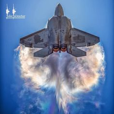 Raptor demo at Avalon Air show. Air Fighter, Fighter Pilot, Fighter Aircraft, Fighter Jets, F14 Tomcat, F35, Military Jets, Military Aircraft, Avion Jet