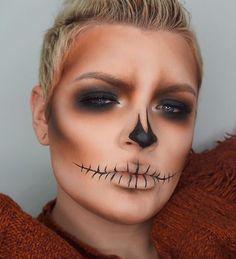 @makeupbyjaack burnt pumpkin smoky glam look #halloween #halloweenmakeup #halloweentutorial #halloweeninspo #halloweeninspiration #pumpkin #makeup #beauty #glam #makeupinspo #makeupgoals #contour #wearablehalloweenmakeup #halloweenmakeupideas #sfx #sfxhalloweenmakeup #sfxmakeup #bbloggers #beautyblog #makeupartist #mua