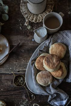 wistfullycountry:Fluffy, Flaky Buttermilk Biscuits From Scratch by Beth Kirby | {local milk} on Flickr.