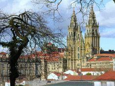 File:Catedral de Santiago de Compostela.gif