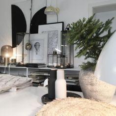Deconcept atelier, misto, kde se rodi nove napadu#architecture #simplicity #blackandwhite #nordicstyle #nordicdesign