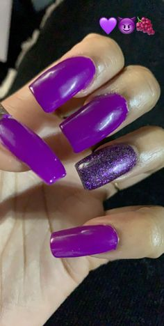 Neon Pink Nails, Lipstick Palette, Makeup, Beauty, Make Up, Beauty Makeup, Beauty Illustration, Bronzer Makeup