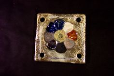 Ceramic raku.Tiles Intriguing and unique artifacts, forged one by one, made in limitless shapes and colours. They may be used to decorate edges, terminals, niches, decors, depending on the client's desire. www.forgiatoredie... Mattonelle Incantevoli pezzi unici, forgiati a mano uno ad uno, di misure, colori e forme illimitate, da inserire come bordi, terminali, nicchie, decorazioni, a fantasia del cliente…in ceramica raku