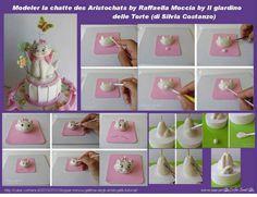 Topper Minou, the cat Aristocats: tutorial http://cake.corriere.it/2013/07/31/topper-minou-gattina-degli-aristogatti-tutorial/