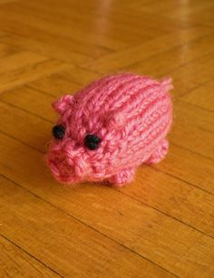 Free Knitting Pattern for Tiny Pig Chichester - Chichester is a toy pig about 2 inches long. The pattern is one piece, no-sew, super quick. Designed by Helen Apocalypse. Pictured project by nosila729