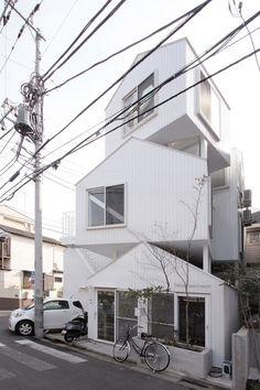 House or apartment? - Tokyo Apartment | Sou Fujimoto