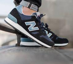 New Balance 670-Black-Blue
