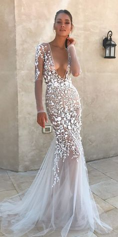 What a stunning to say the least #weddingdress