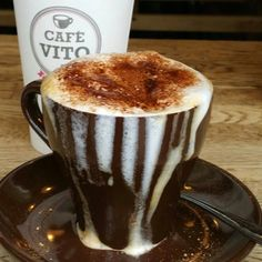 Café Vito Come and enjoy a delicious espresso, latte or cappuccino ! Or when it's very hot, enjoy a refreshing iced tea or iced coffee or a delicious gelato ! Iced Tea, Iced Coffee, Espresso Latte, Build An App, Gelato, Montreal, Indie, Scene, Tableware