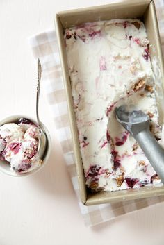Cherry Crisp Ice Cream - Annies Eats