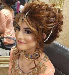 Engagement Hairstyles, Indian Wedding Hairstyles, Party Hairstyles, Bride Hairstyles, Hairstyle Ideas, Pakistani Bridal Makeup Hairstyles, Bridal Hairstyle Indian Wedding, Indian Wedding Makeup, Front Hair Styles