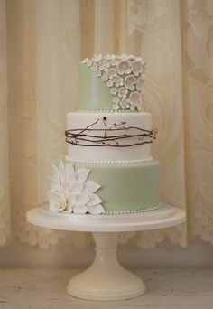 Sage, Sandalwood an cream wedding cake. For more inspiration check out our 2015 wedding colours board https://www.pinterest.com/EzeEvents/10-wedding-colour-palettes-we-love-for-2015/