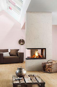 Das Schönste an einem modernen Kamin im Panorama Format ist, dass dieser einfach überall hinpasst: Ob in die rustikale Dachgeschosswohnung oder in das moderne Einfamilienhaus. Ob als Raumteiler oder einfach nur als Säule in der mitte des Raumes. Und kuschelig warm wird es auch überall.