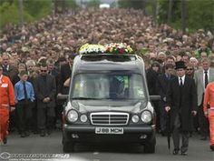 Joey Dunlop Funeral March in Ireland ~ there must be thousands in the procession