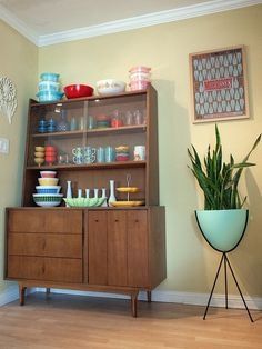 39 Awesome Mid-Century Cabinets - Decorating Ideas