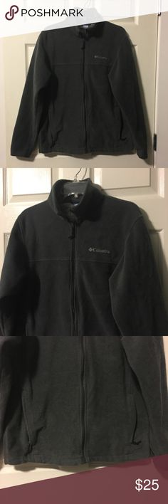 Columbia zip-up fleece Dark forest green, pockets with zipper closures, pristine condition! Columbia Jackets & Coats