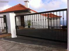 Excelente Moradia T3+2 amplos jardins - CANCELA - à venda - Moradias, Madeira - CustoJusto.pt