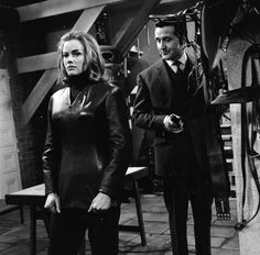 "Honor Blackman avengers | Honor Blackman as Cathy Gale on ""The Avengers"""