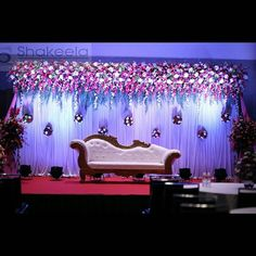 66 Ideas For Wedding Reception Decorations Hall Engagement Stage Decoration, Naming Ceremony Decoration, Reception Stage Decor, Wedding Backdrop Design, Wedding Stage Design, Wedding Hall Decorations, Wedding Reception Backdrop, Marriage Decoration, Simple Stage Decorations
