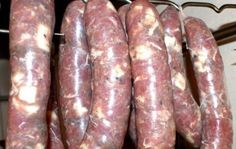 Domowa kiełbasa - bez chemii! How To Make Sausage, Sausage Making, Polish Recipes, Smoking Meat, Charcuterie, The Cure, Recipies, Good Food, Food And Drink