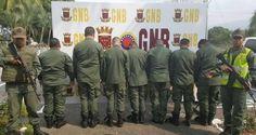 ¡TRANSPORTADA EN CAMIONES MILITARES! Este grupo de militares del Ejercito fue detenido con 400 kilos de cocaína