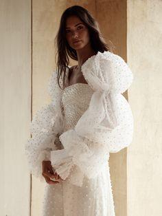 Couture Fashion, Fashion Beauty, Daily Fashion, Style Fashion, Luxury Fashion, Bridal Beauty, Bridal Collection, Bridal Dresses, Deb Dresses