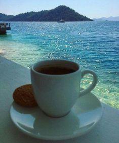 Coffee in the water ❤️ Coffee World, Coffee Is Life, I Love Coffee, Good Morning Coffee, Coffee Break, Good Morning Beautiful People, Coffee Places, Coffee Heart, Coffee Photos