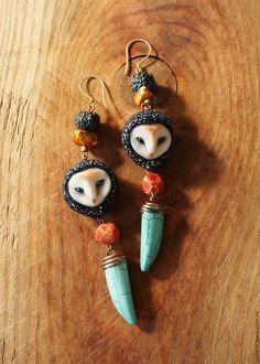 Купить или заказать Серьги совы синие в интернет-магазине на Ярмарке Мастеров…