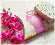 Lavender and poppy seeds soap