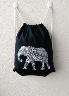Kaufe meinen Artikel bei #Kleiderkreisel http://www.kleiderkreisel.de/accessoires/accessoires-sonstiges/128178860-turnbeutelrucksack-schwarz-motiv-elefant-hochwertiger-siebdruck