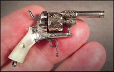 2mm antique miniature pinfire pistol/revolver