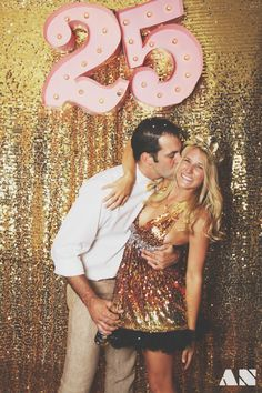 A Glittery Golden Birthday Party. Next year? 25th Birthday Parties, Adult Birthday Party, Birthday Dresses, Birthday Celebration, Gold Backdrop, Glitter Backdrop, Golden Birthday, Its My Bday, Models