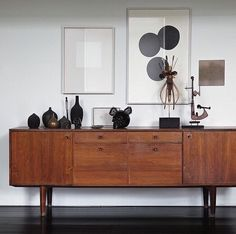 Mid-century furniture: Let's fall in love with the most amazing mid-century modern credenzas. With a mid-century design, this credenza will elevate your mid-century modern interior Mid Century Modern Living Room, Mid Century Modern Furniture, Midcentury Modern, Style At Home, Home Furniture, Furniture Design, Furniture Ideas, Vintage Furniture, Street Furniture