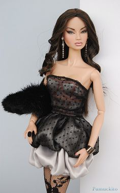 """Kyori with """"Tricks of the Trade"""" dress. by Pumuckito, via Flickr"""
