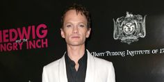 widescreen backgrounds neil patrick harris, Stew Backer 2016-03-23