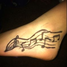 Music notes tattoos on foot Note Tattoo, I Tattoo, Music Tattoos, Tatoos, Body Is A Temple, Peircings, Body Modifications, Piercing Tattoo, Foot Tattoos