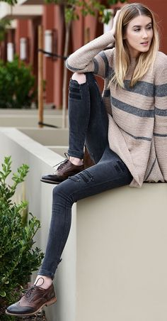 Dress up your comfy daytime look with these two-toned handmade leather oxfords by BEDSTU.