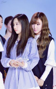 #Taeyeon #Tiffany #Taeny #SNSD #FashionKode2015