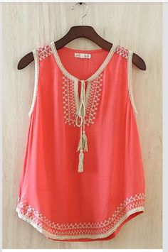 pretty coral shirt paired with white shorts and sandals. Coral Shirt, Coral Tank, Mode Ootd, Summer Outfits, Cute Outfits, Look Fashion, Womens Fashion, Gothic Fashion, Orange Tops