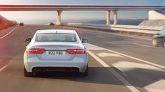 XE SE In Glacier White