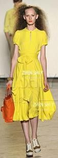 Haute couture dress tailored to the yellow big European and American bohemian dress silk dress lady big skirt  $929