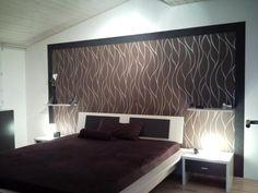Tapete Im Schlafzimmer Mit Floralem Muster - Aqua Und Grau ... Deko Tapete Schlafzimmer