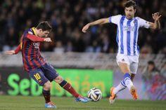 Lionel Messi anota el primer gol del partido