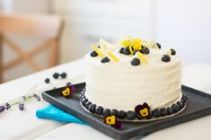 Blaubeere Zitronentorte Sweets, Desserts, Food, Bakken, Cake Ideas, Dessert Ideas, Birhday Cake, Tailgate Desserts, Deserts