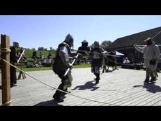 Halvsverding og påleøks - Hadeland folkemuseum (half swording and poleaxe tournament) - YouTube