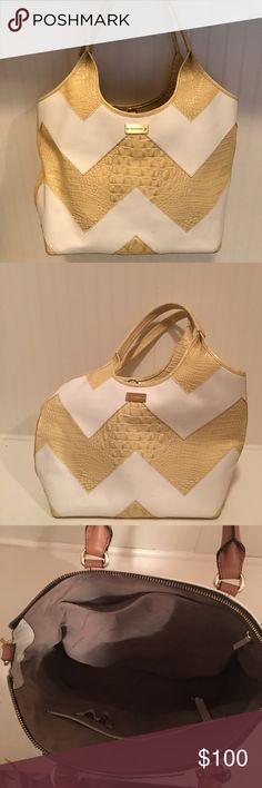 Brahmin chevron pattern purse Brand new purse without tags. It has a white and tan/yellow snake skin chevron pattern. Brahmin Bags Shoulder Bags