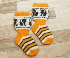 Kun äiti kelaa: DIY: Norsu-villasukat vauvalle