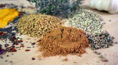 Spice Mixes, How To Dry Basil, Projects To Try, Veggies, Food And Drink, Homemade, Vegan, Cooking, Reserve